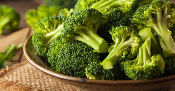 Tv Catia fonseca 10 alimentos para equilibrar o orgânismo Brócolis