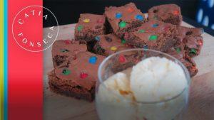 Vou te contar o segredo do meu Brownie de chocolate com m&m!!