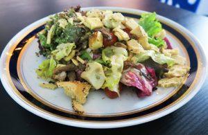 Salada de cogumelos com chef Raphael Campos