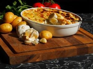 Batata assada gratinada por Davi Costa