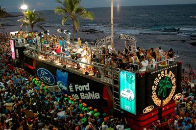 Tv Catia Fonseca Já é Carnaval: Aproveite a folia no Nordeste - Trio Elétrico - Salvador