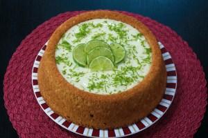 Surpreenda sua família com este bolo mousse de limão maravilhoso da Catia!