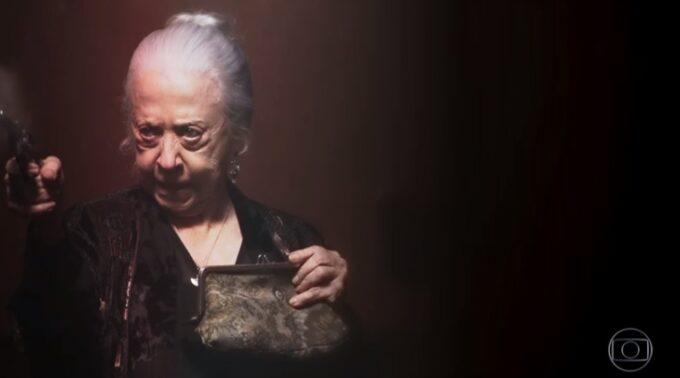 A Dona do Pedaço: Dulce implora e se humilha para Miroel, mas vira o 'capeta' ao descobrir mortes