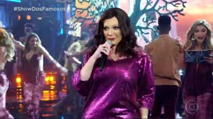 """Solange Almeida paga mico no Show dos Famosos e é detonada: """"Passando vergonha"""""""