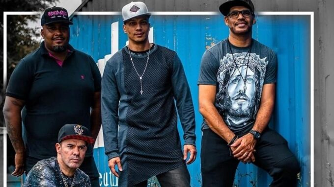 Sampa Crew, banda famosa, sofre acidente em rodovia com vítima fatal e vários feridos