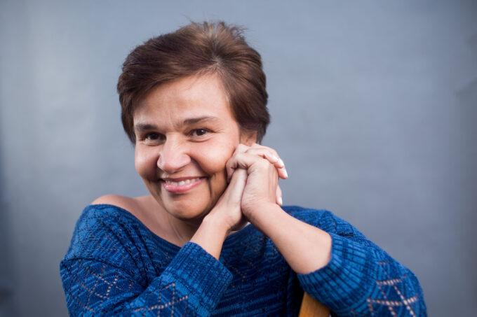 Claudia Rodrigues reestreia nos palcos após 6 anos sofrendo de doença grave