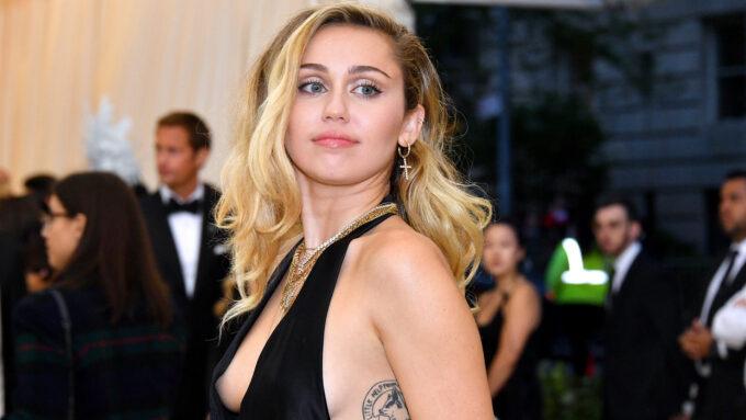 Myley Cyrus faz desabafo chocante sobre casamento e se pronuncia sobre traição