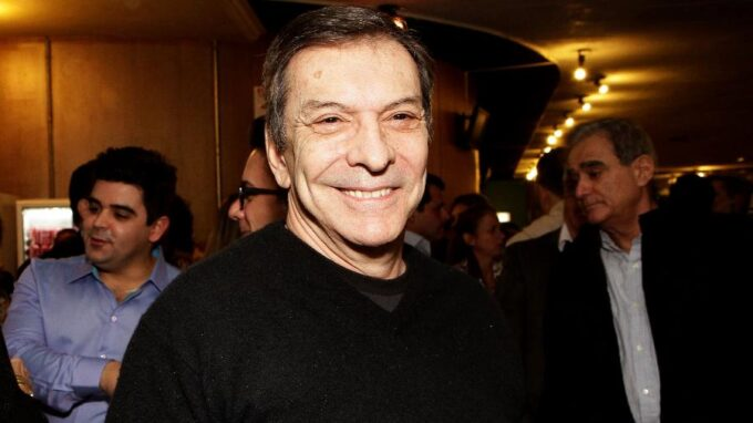 Morre famoso ator da Globo, aos 71 anos, vítima de parada cardíaca