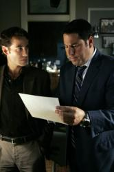 "HEROES - ""The Kindness of Strangers"" (2x4) Adrian Pasdar as Nathan Petrelli, Greg Grunberg as Matt Parkman"