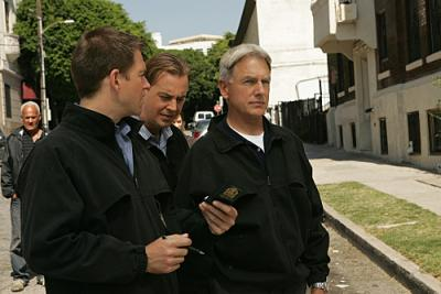"NCIS - Michael Weatherly as Special Agent Anthony DiNozzo, Sean Murray as Special Agent Timothy McGee, and Mark Harmon as Special Agent Leroy Jethro Gibbs in ""Designated Target"""