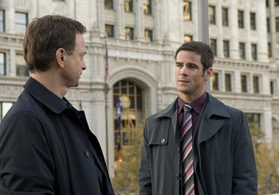 "CSI:NY - Gary Sinise as Mac Taylor and Eddie Cahillin as Det. Don Flack in ""The Thing About Heroes"""