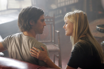 """HEROES - Milo Ventimiglia as Peter Petrelli and Kristen Bell as Elle in """"Four Months Ago"""""""