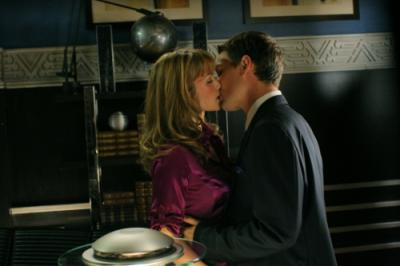 """SMALLVILLE - Erica Durance as Lois Lane and Michael Cassidy as Grant in """"Wrath"""" on the CW"""