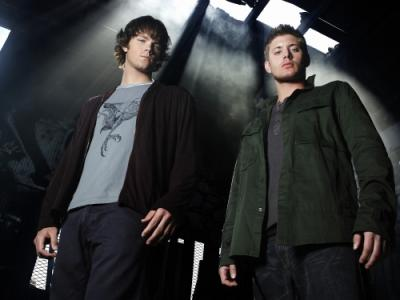 Jared Padalecki as Sam and Jensen Ackles as Dean star in SUPERNATURAL on the CW