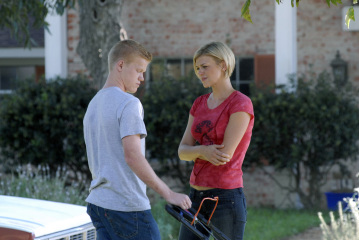 """FRIDAY NIGHT LIGHTS - Adrianne Palicki as Tyra Collette and Jesse Plemons as Landry Clarke in """"The Confession"""""""