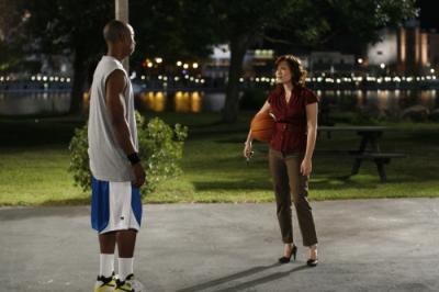 """ONE TREE HILL - Robbie Jones as Quentin and Bethany Joy Galeotti as Haley James Scott in """"My Way Home Is Through You"""""""