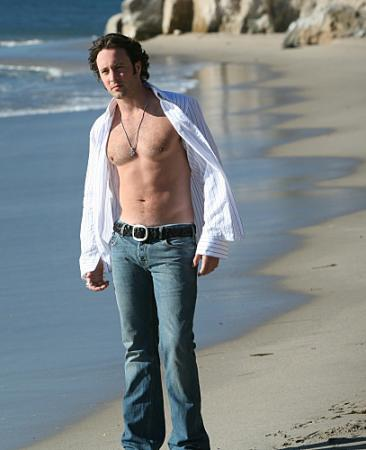 "MOONLIGHT - Alex O'Loughlin as Mick St. John in ""Fated to Pretend"""