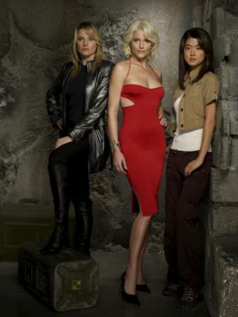 BATTLESTAR GALACTICA - Lucy Lawless as D'Anna Biers, Tricia Helfer as Number Six, Grace Park as Sharon Valerii