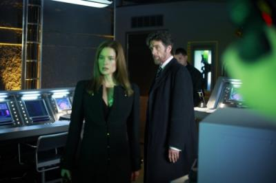"SMALLVILLE - Gina Holden as Patricia Swann and John Glover as Lionel Luthor in ""Traveler"""
