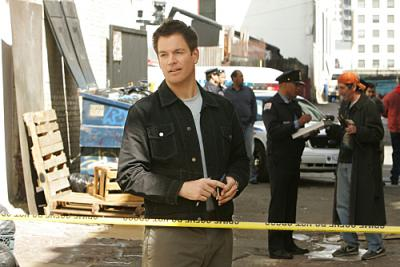 "NCIS - Michael Weatherly as Agent DiNozzo in ""Stakeout"""