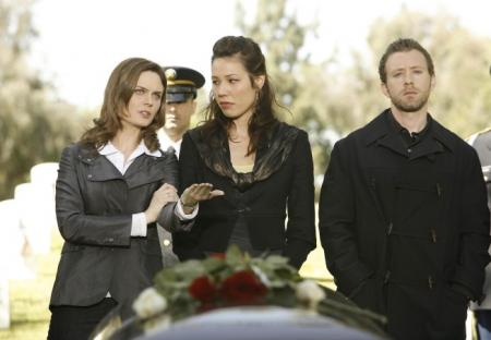 Emily Deschanel, Michaela Conlin and TJ Thyne