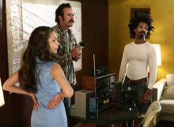 Nadine Velazquez as Catalina, Jason Lee as Earl, Eddie Steeples as Darnell