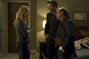 In Plain Sight - Mary McCormack as Mary Shannon, Frederick Weller as Marshall Mann, Paul Ben-Victor as Stan McQueen