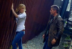Supernatural - Amy Gumenick as Mary Winchester and Jensen Ackles as Dean