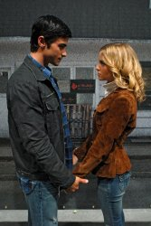 Supernatural - Matt Cohen as John Winchester, Amy Gumenick as Mary Winchester