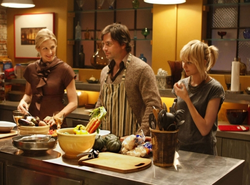 Kelly Rutherford as Lily, Matthew Settle as Rufus, Taylor Momsen as Jenny