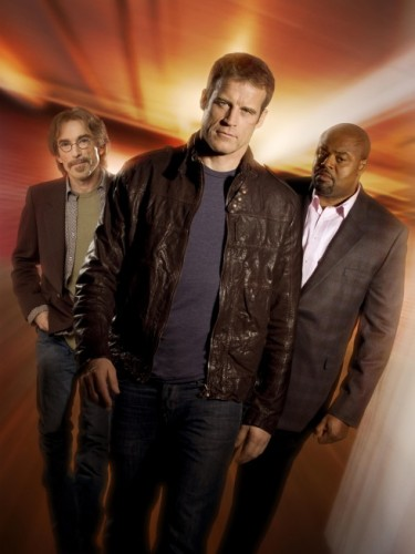 Guerrero (Jackie Earle Haley) and Winston (Chi McBride), Christopher Chance (Mark Valley) - Human Target