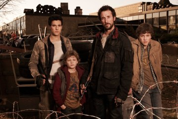 The Falling Skies Gallery cast