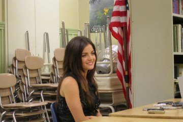 lucy hale pretty little liars set visit
