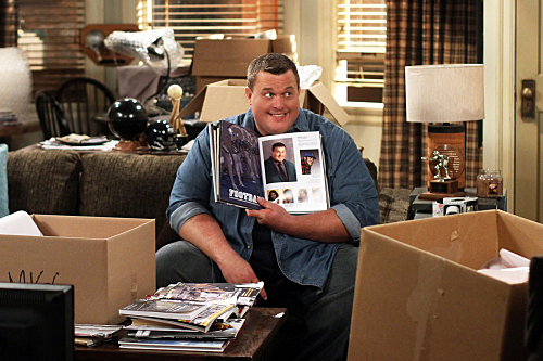 Mike & Molly (CBS) Mike in the House