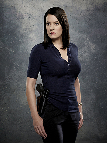 Paget Brewster Has Signed To Guest Star In The Two Hour Season Premiere Of Law And Order Svu The Dan Vs Actress Has Been Tapped To Play The Head Of The