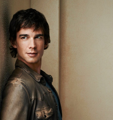 christopher gorham covert affairs season 3