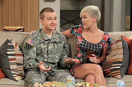Miley Cyrus Returns on Two and a Half Men Season 10