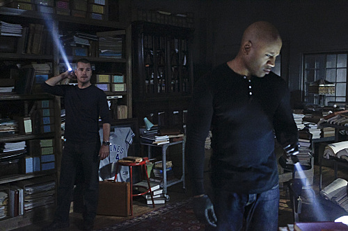 https://i0.wp.com/www.tvequals.com/wp-content/uploads/2012/10/NCIS-Los-Angeles-Season-4-Episode-5-3.jpg