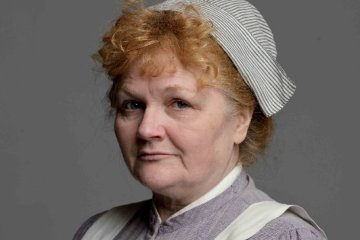 lesley nicol downton abbey 01
