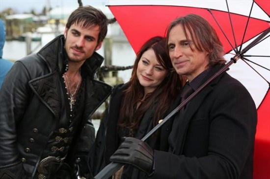 "Once Upon a Time Season 2 Episode 11 ""The Outsider"" (2)"