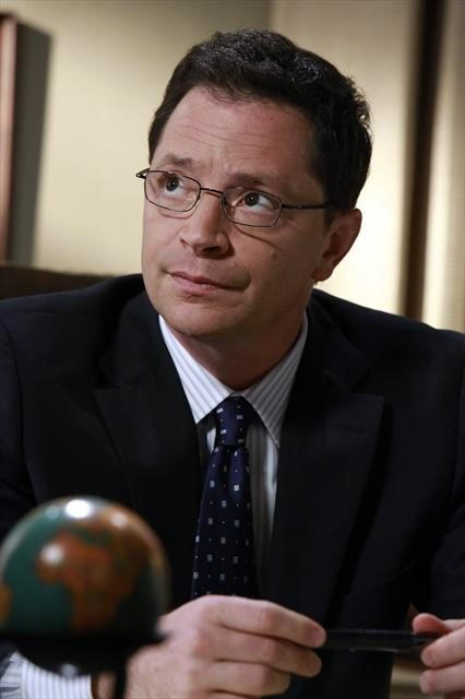 """Scandal Season 2 Episode 10 """"One for the Dog"""" (3)"""
