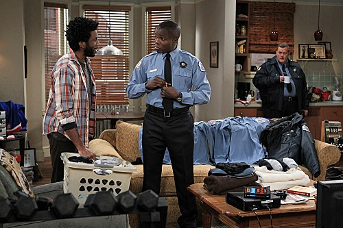 Mike & Molly Season 3 Episode 13 Carl Gets a Roommate (6)
