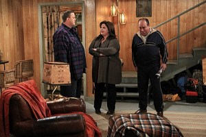Mike & Molly Season 3 Episode 13 Carl Gets a Roommate (2)