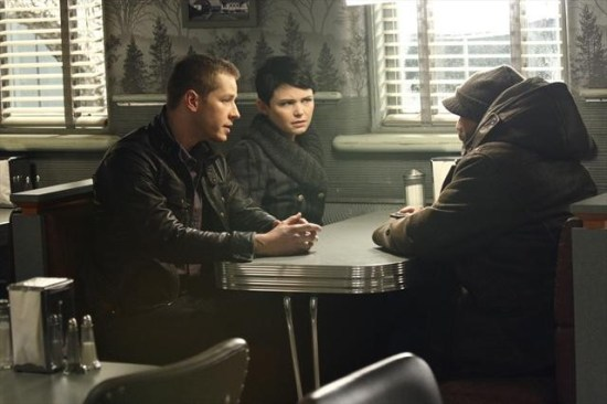 Once Upon a Time Season 2 Episode 13 Tiny (6)