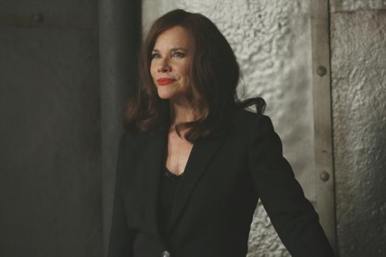 Once Upon a Time Season 2 Episode 15 The Queen is Dead (6)