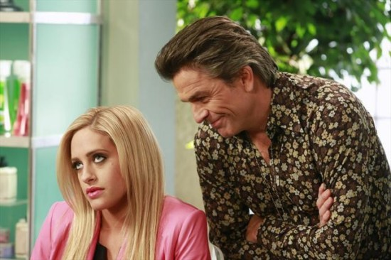 """Suburgatory Season 2 Episode 15 """"How to Be a Baby"""" (5)"""
