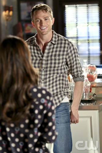 Hart Of Dixie Season 2 Episode 17 Why Don't We Get Drunk (3)