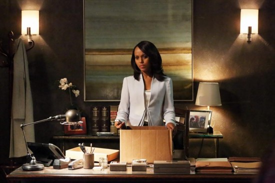 Scandal Season 2 Episode 22 White Hat's Back On (2)