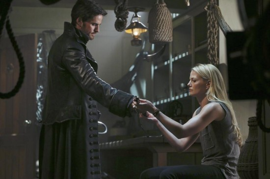 Once Upon a Time Season 3 Episode 1 Heart of the Truest Believer (6)