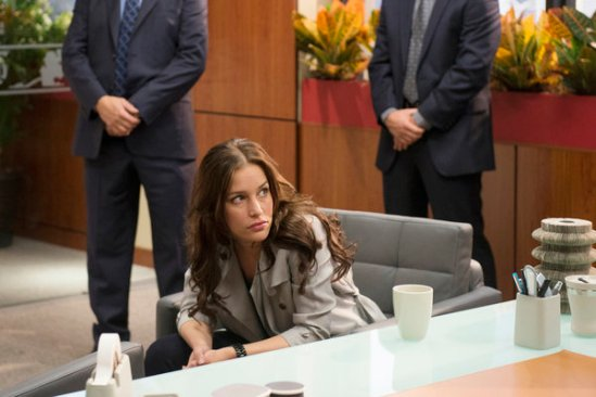 Covert Affairs Season 4 Episode 16 Trompe le Monde (2)